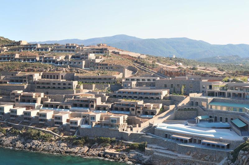 Gran melia crete resort luxury villas daios cove for Gran melia hotel